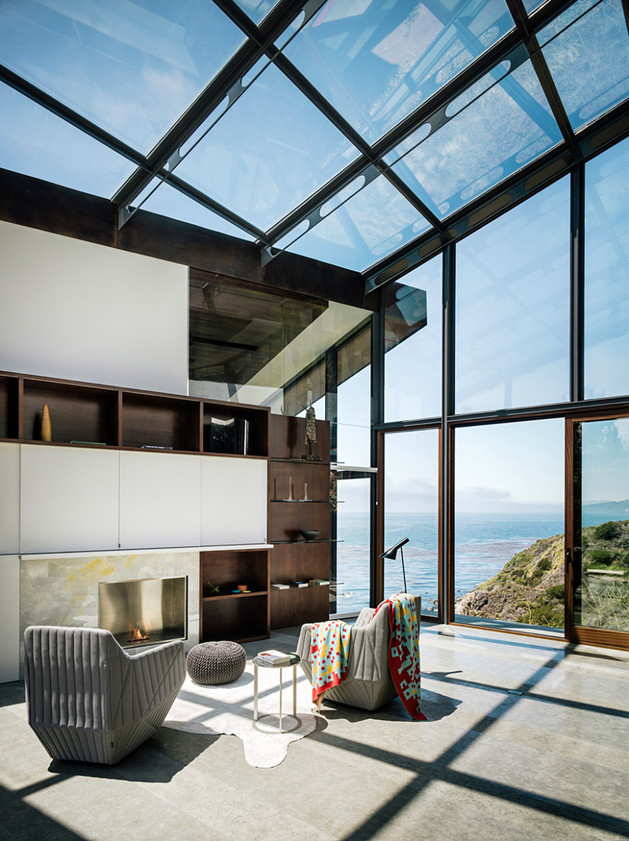 spectacular-glass-and-copper-cliff-house-in-big-sur-california-11