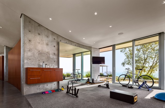 Concrete-modern-home-gym