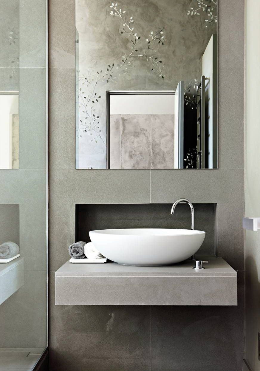 Contemporary Bathroom Decoration