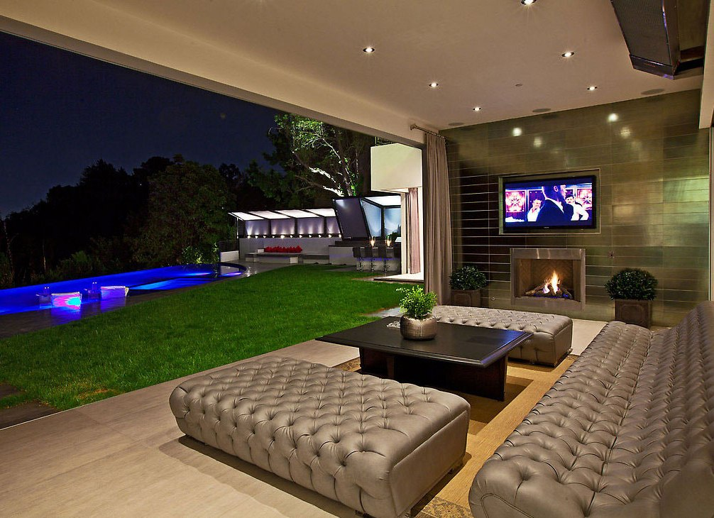 Modern Living Room With Fireplace Pictures