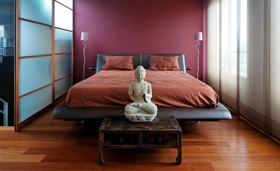 Awesome-Asian-bedroom-exudes-poise-and-refinement