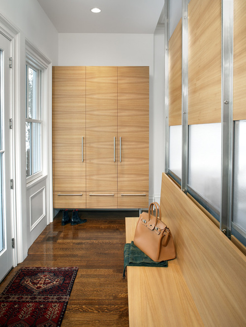 Contemporary Mudroom Home Design