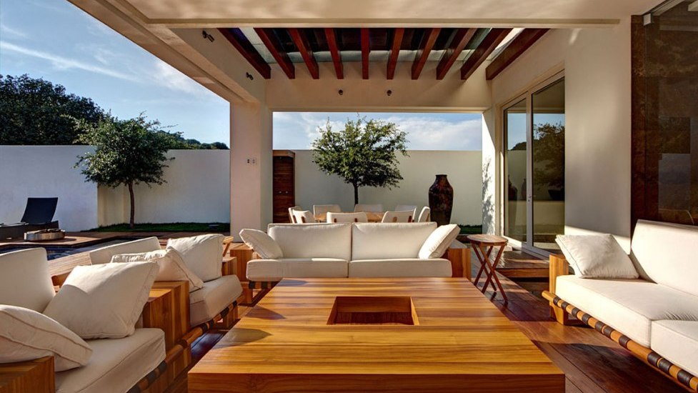 Modern Outdoor Living Room