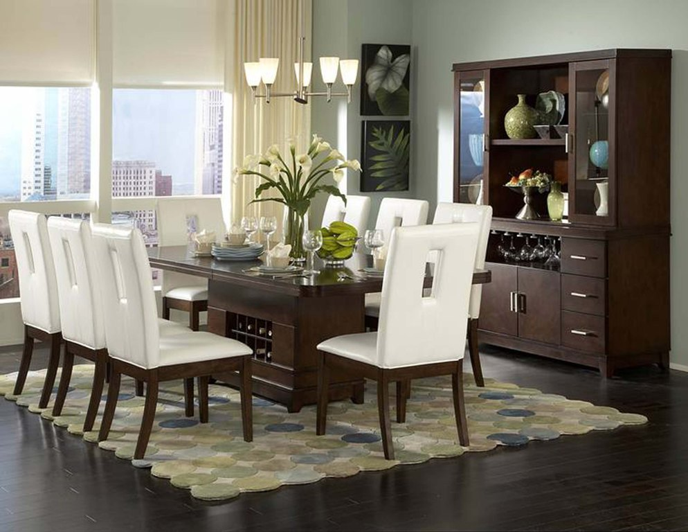 Stylish Contemporary Dining Room