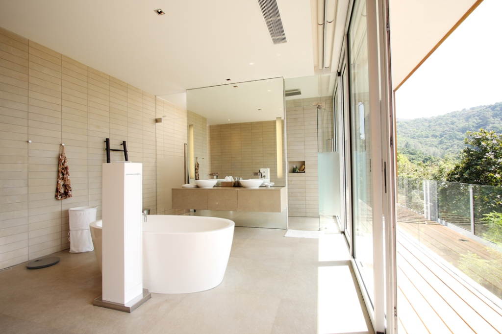 Contemporary-bathroom (1)