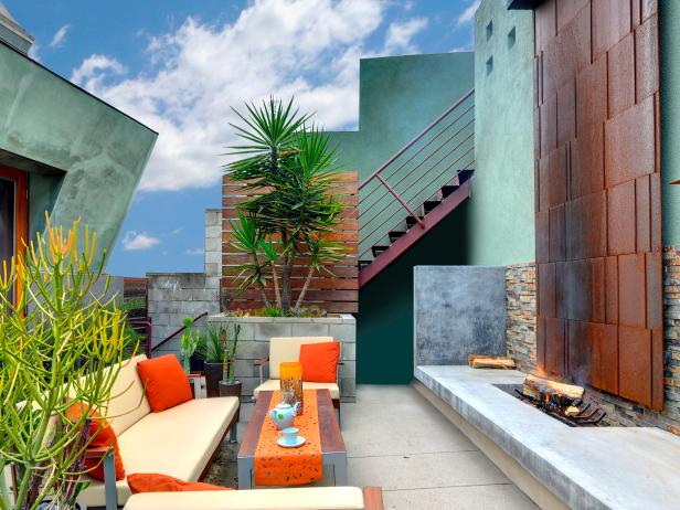Eclectic-Terrace-Sitting-Area