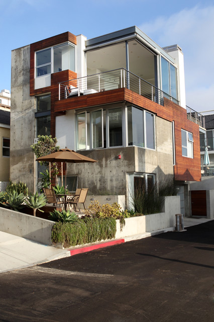 Manhattan Beach Ultra Modern
