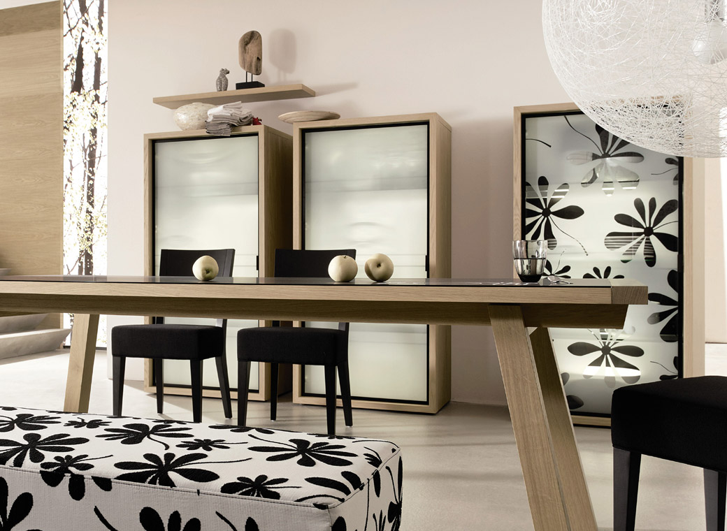 Modern-Dining-Room-Black-And-White-Dining