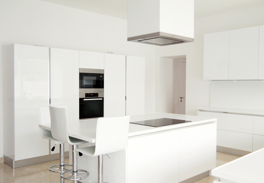 White+Minimalist+Kitchen