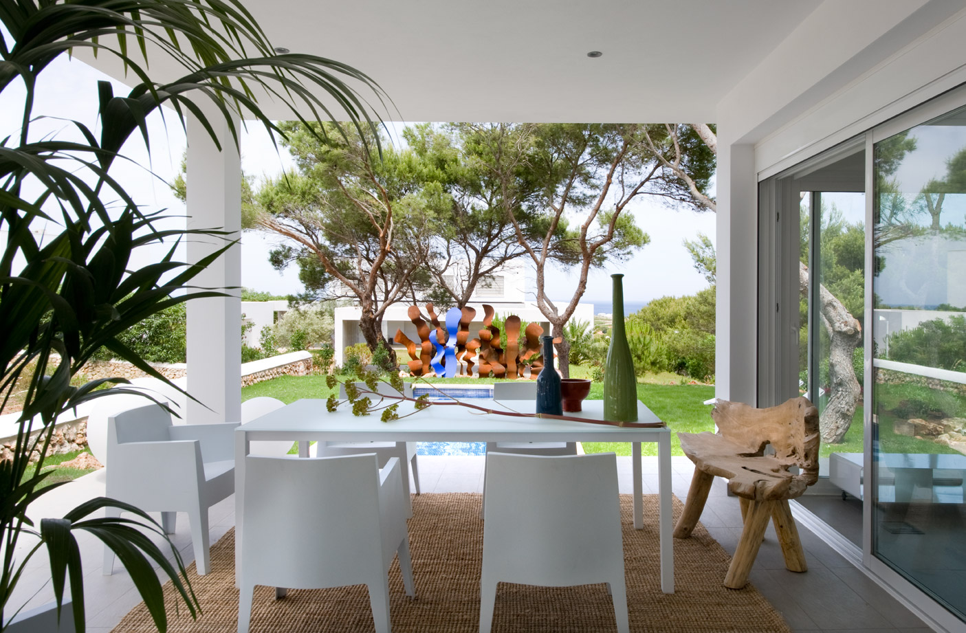 eclectic-seaside-house-design