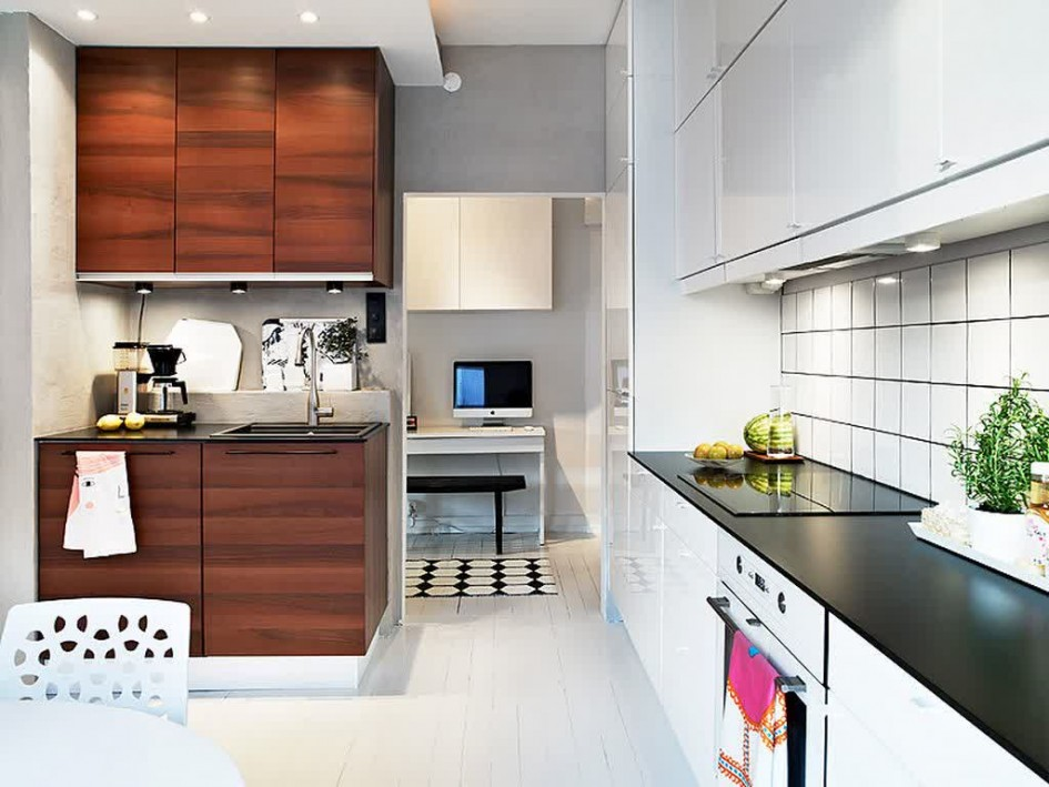 luxury-kitchen-island_white-cabinet-doors
