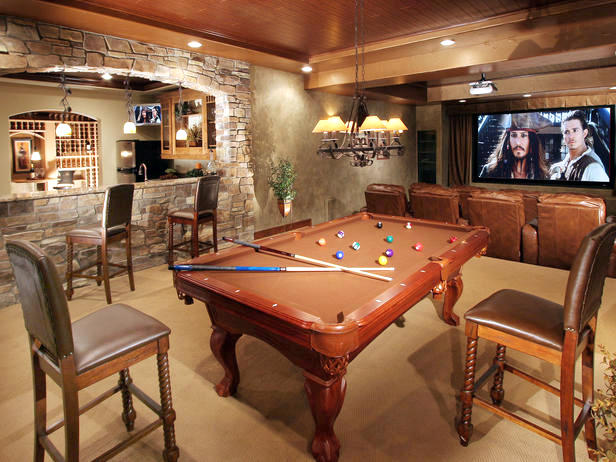 Mountain-rustic-man-cave