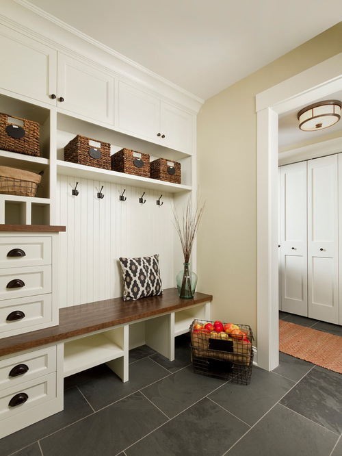 Traditional Entryway Design
