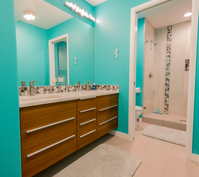 Turquoise Beach Inspired BAthroom