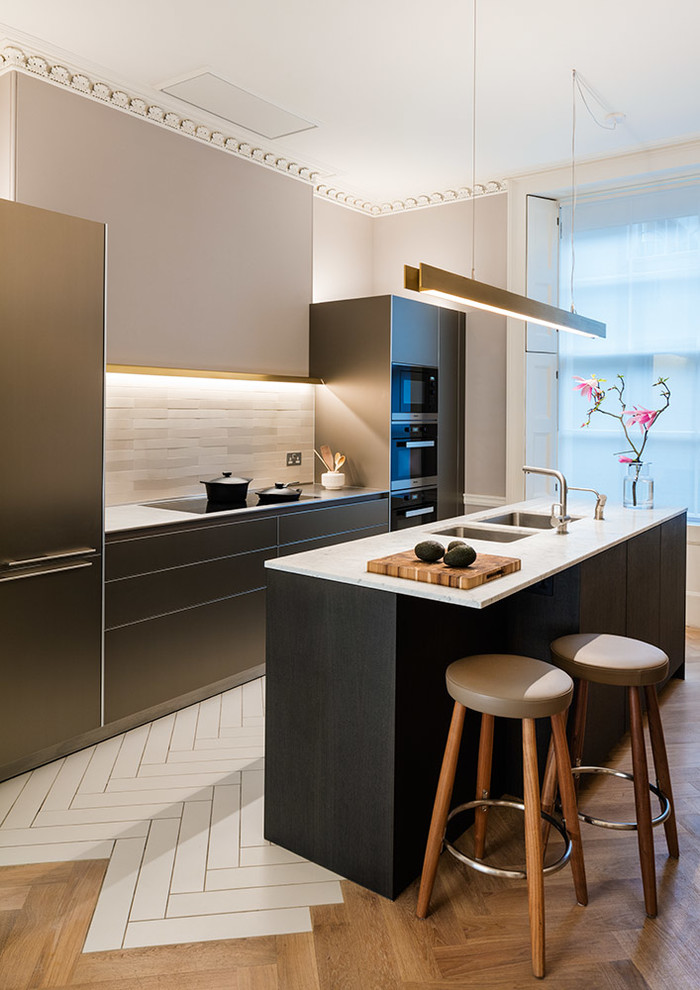 Contemporary Kitchen1