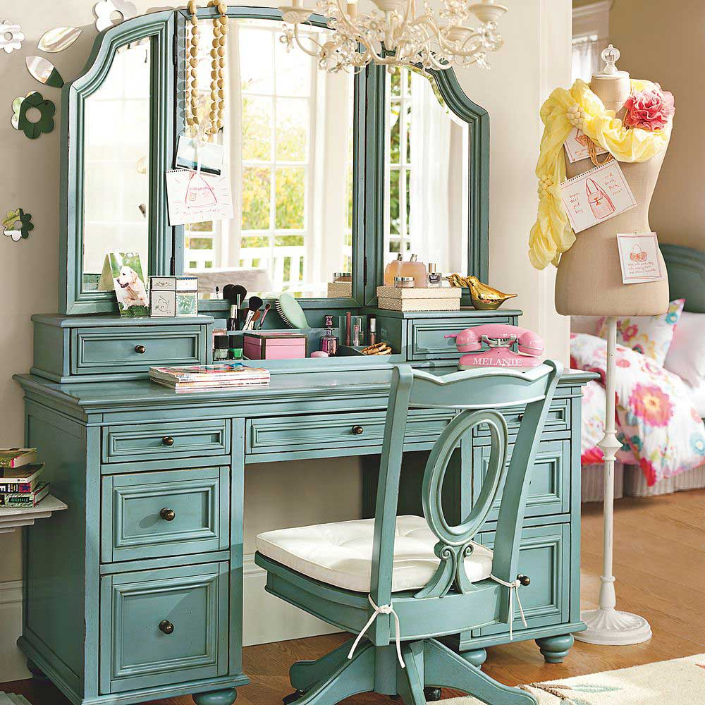 Stunning Bedroom Vanity Ideas (13)