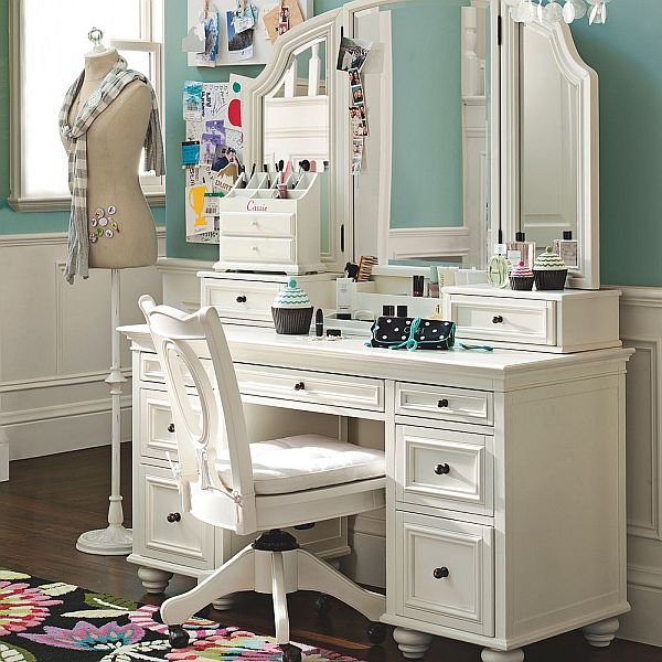 Stunning Bedroom Vanity Ideas (4)