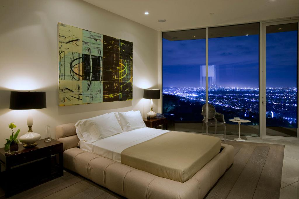 awesome-bedroom-with-a-view-13