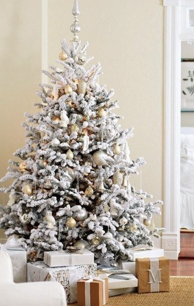 awesome-christmas-tree-decorating-ideas-19