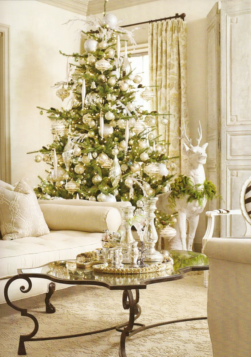 living-room-blue-white-christmas-tree