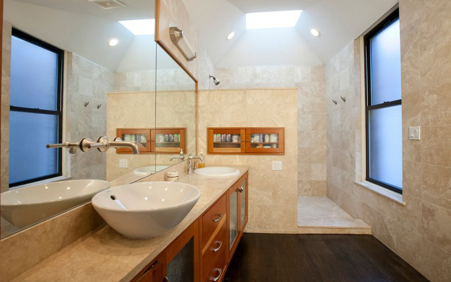 modern-walk-in-shower-with-marble-design