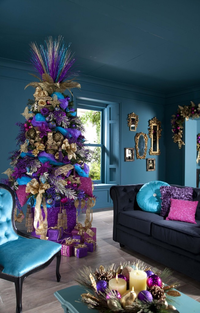 purple-cristmas-tree-decorating-idea