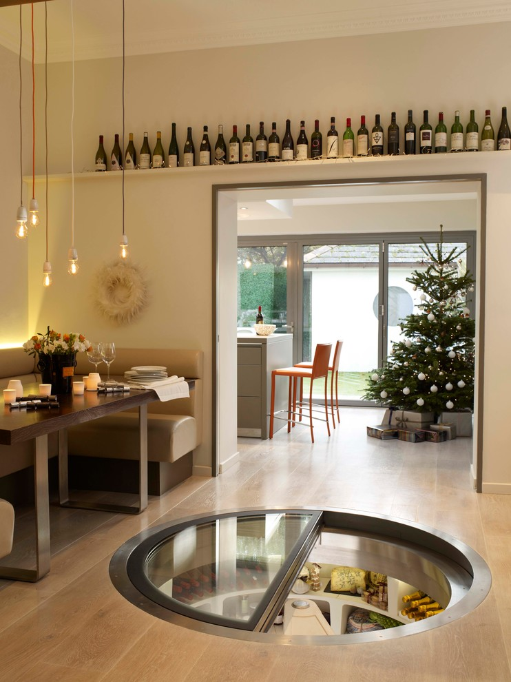 wine-cellar-christmas-decoration