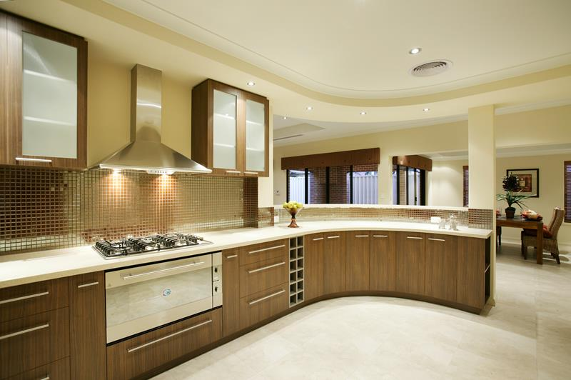curved-sweep-luxurious-kitchen