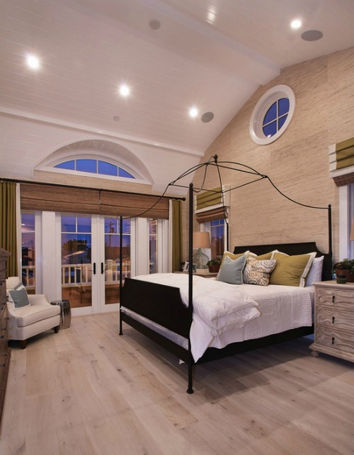 beige-master-bedroom-flooring