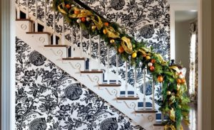 20 Beautiful Christmas Staircase Decorating Ideas