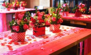 40 Adorable Red Valentine's Day Decor Ideas