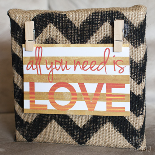 burlap-wall-decor