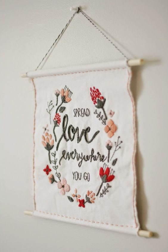 valentines-wall-hanging