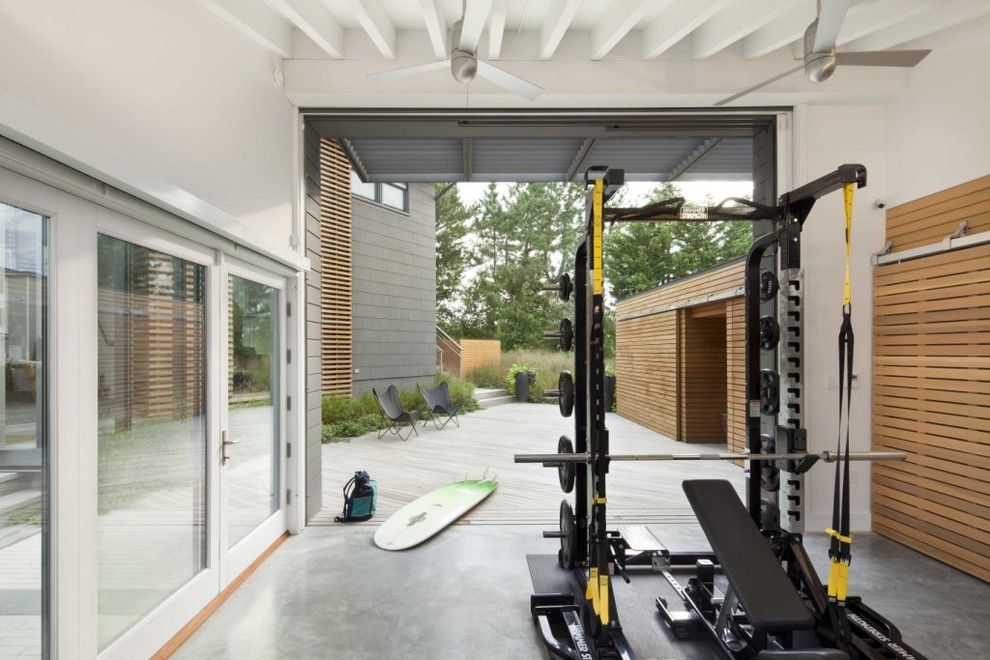 Beach Style Home Gym Design