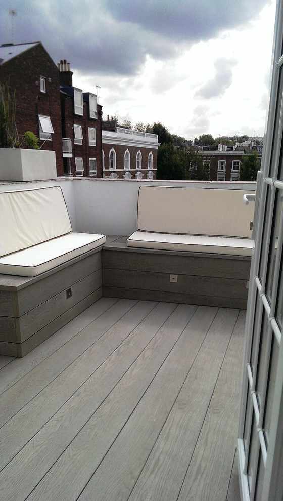 Small Modern Balcony Design