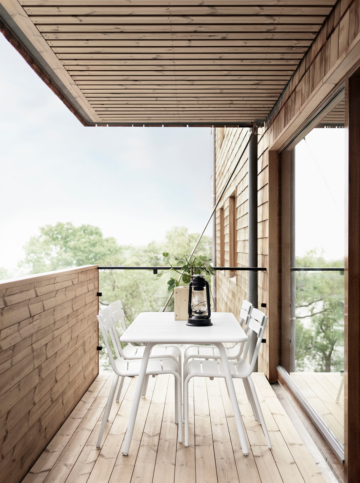 Small Scandinavian Balcony Design