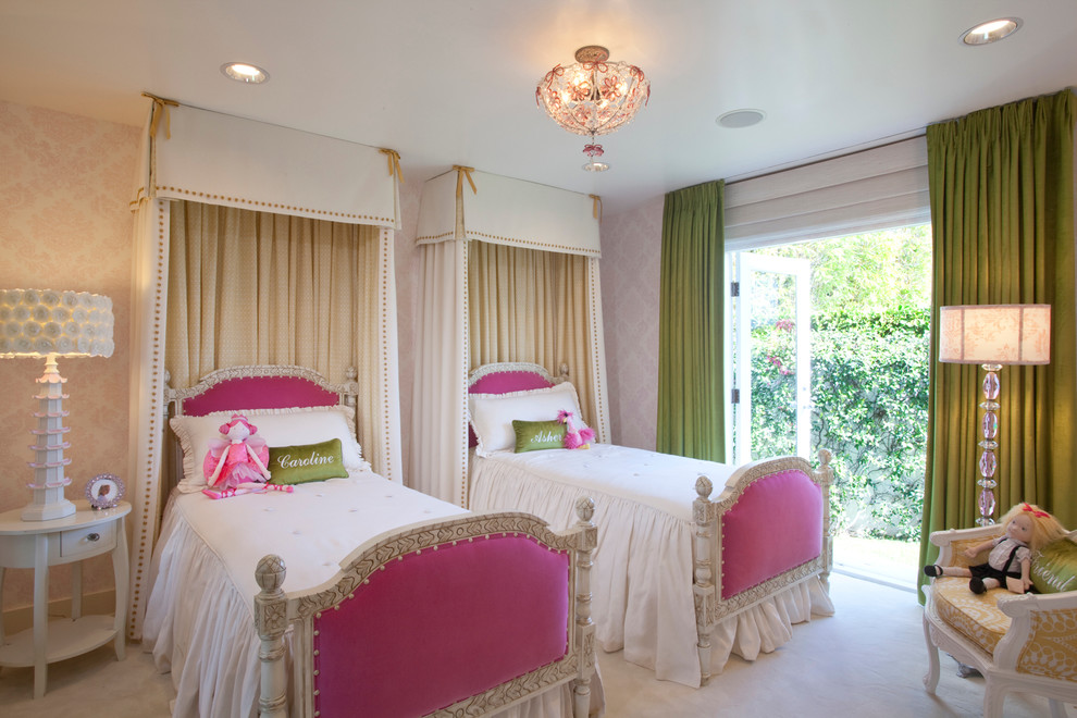 Traditional Colorful Kids Bedroom