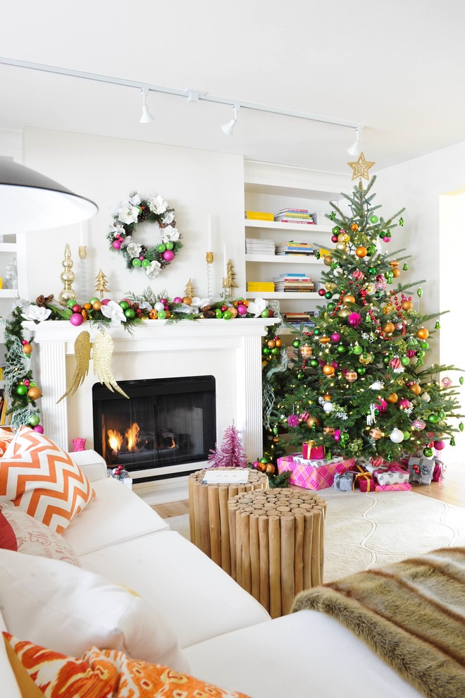 Transitional Family Room Christmas Tree Decoration