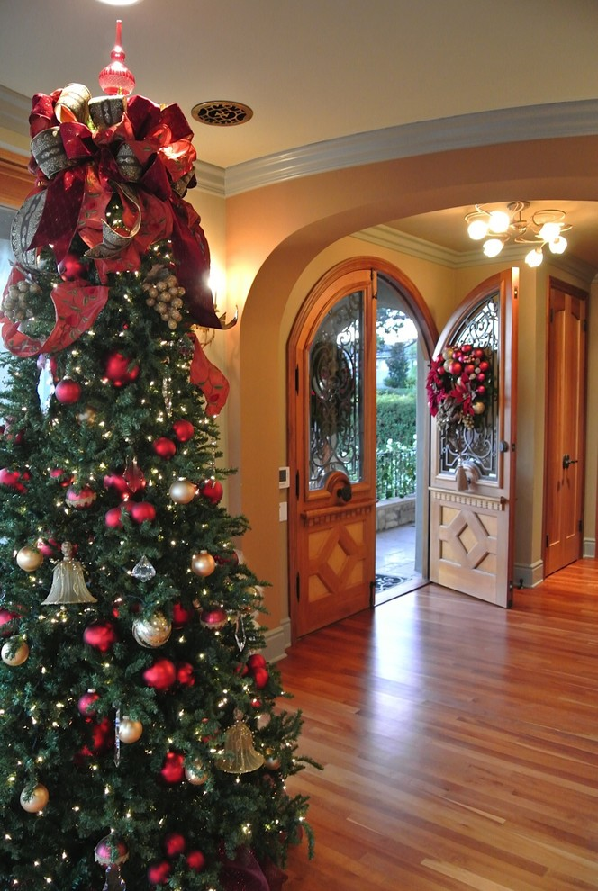 Entryway Christmas Tree Decor