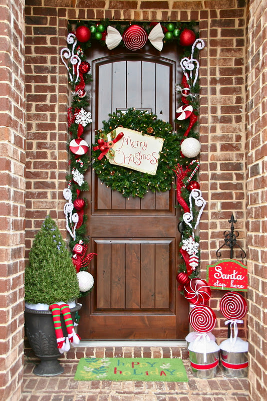 Best Decorations for Your Front Door dwellingdecor