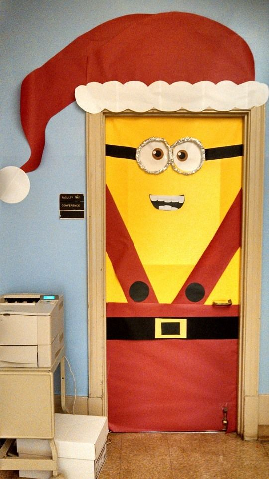 Minion Santa Christmas Door Decoration Ideas dwellingdecor