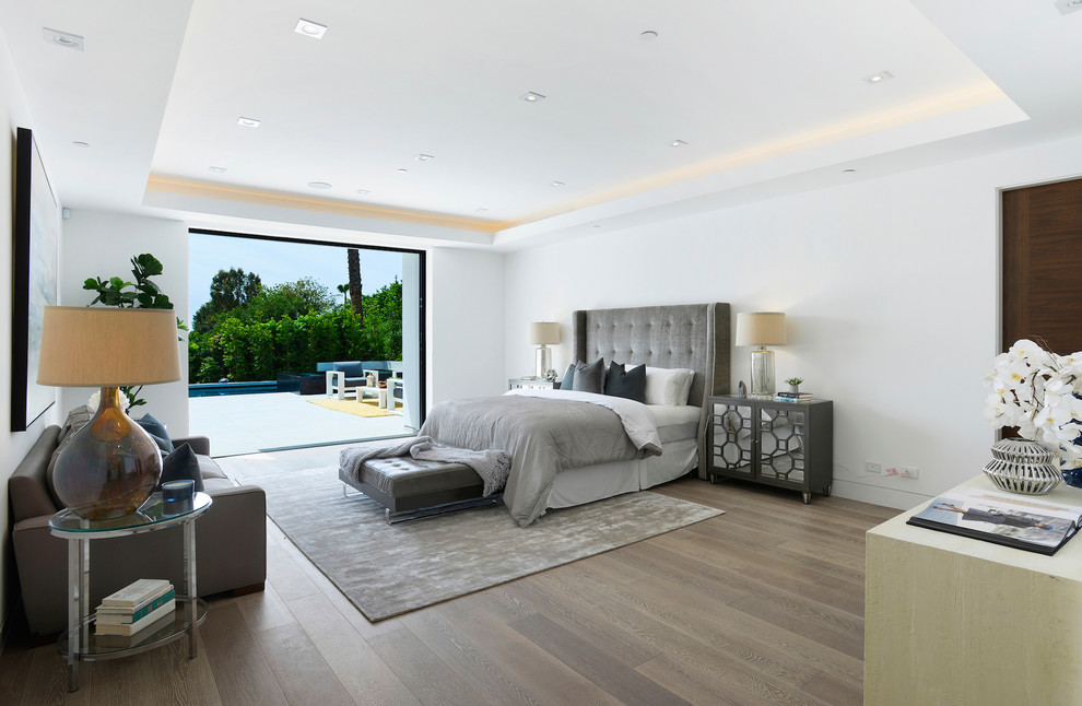 Contemporary House master Bedroom dwelligdecor