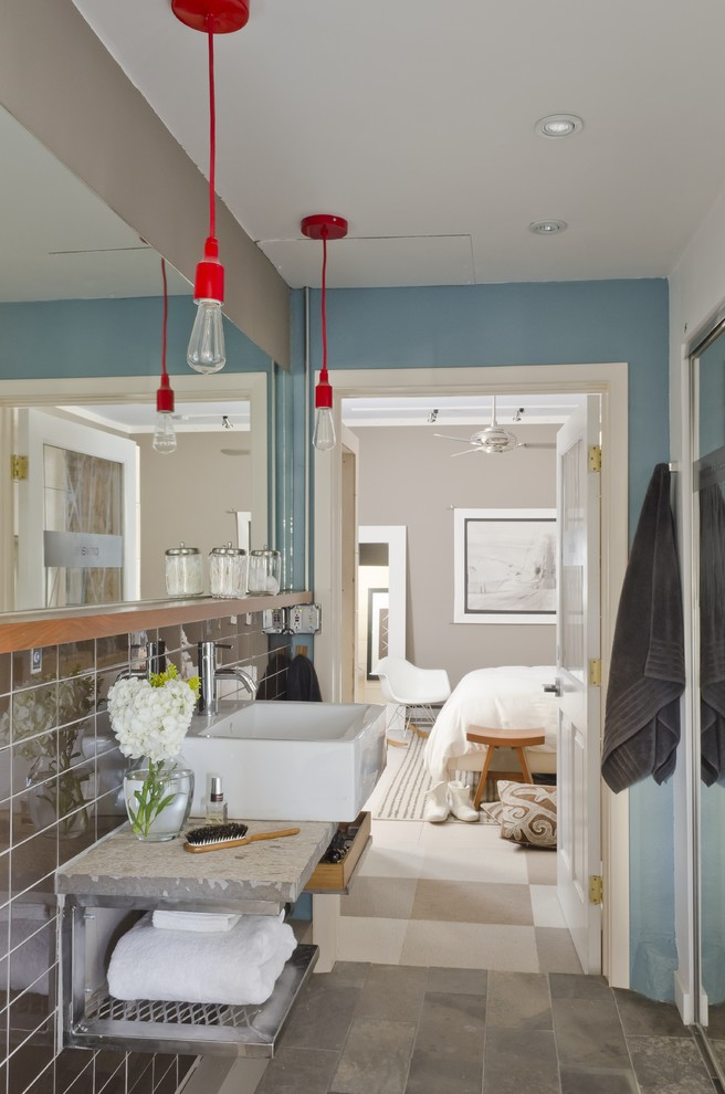 Red Pendant Light In Bathroom
