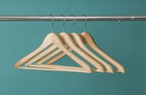 4 Types of Hangers for Your Clothes