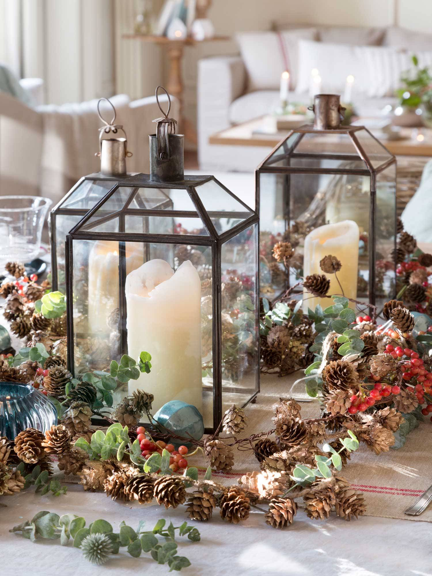 CANDLES, LANTERNS, AND LOTS OF PINEAPPLES!