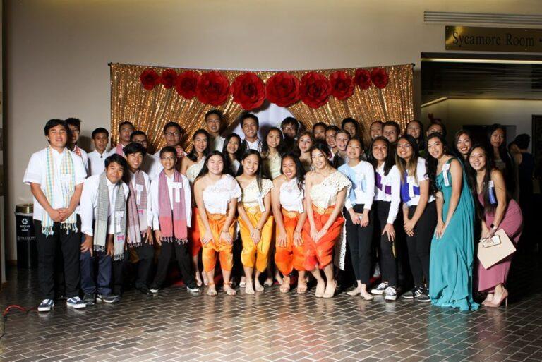 gala 2019 student volunteers