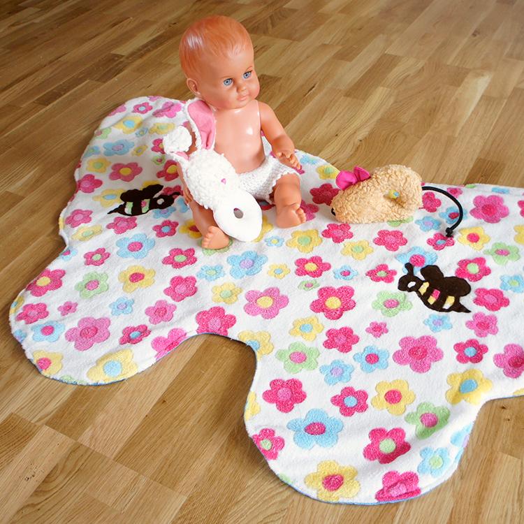 Babydecke nähen mit Nähanleitung und gratis Schnittmuster