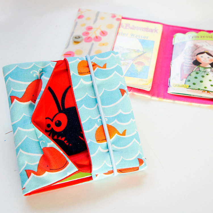 Im fertiggenähtem Schnittmuster können so einige Pixibücher in der Pixibuchhülle verstaut werden.