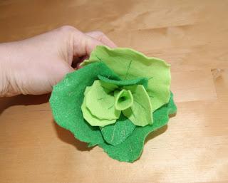 Kopfsalat für die Spielküche nach der Nähanleitung von Verplüscht & Zugenäht genäht.