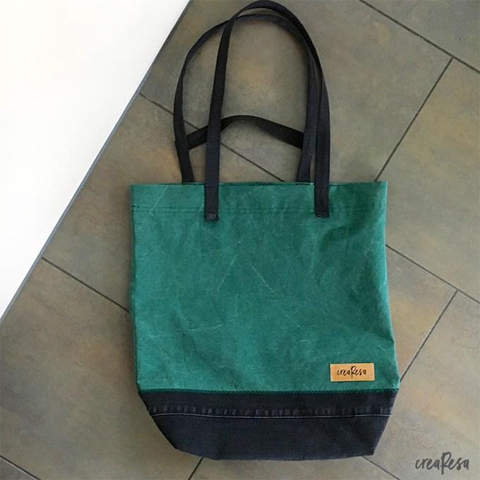 Von CreaResa genähter Stoffbeutel nach ihrem Nähtutorial für eine Stofftasche.